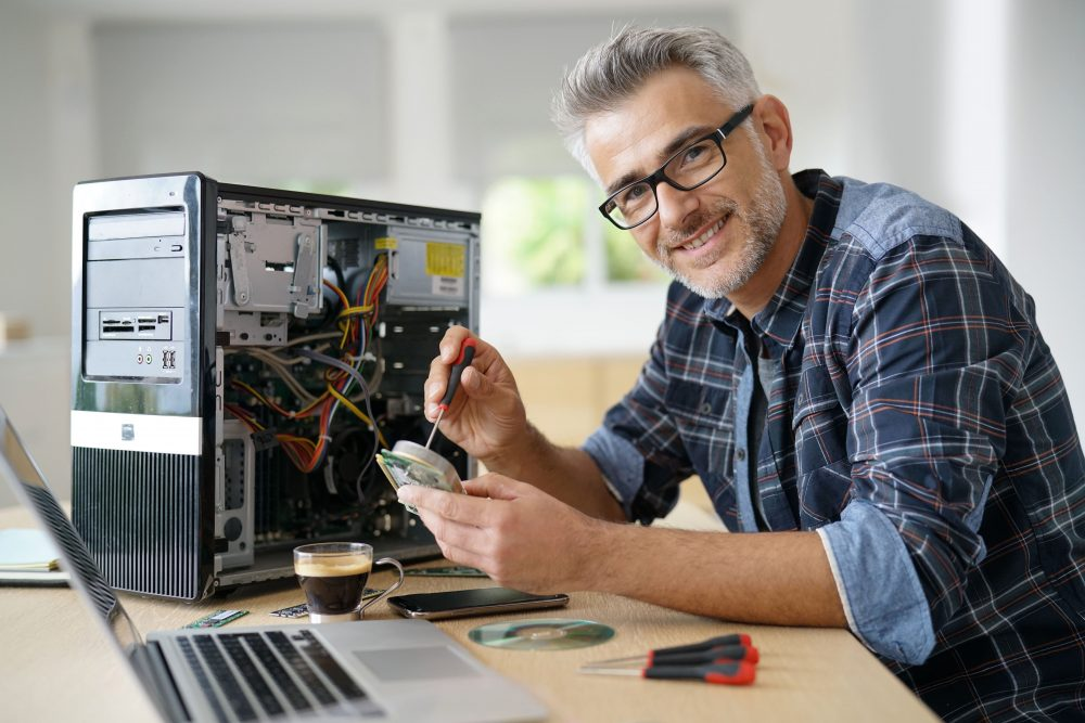 The Benefits of Hiring Professionals for Computer Repair